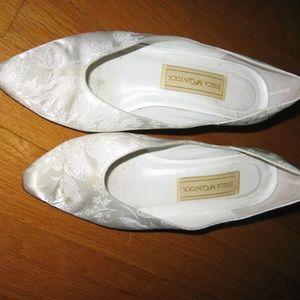 Jessica McGlintock White Satin Brocade size 6.5